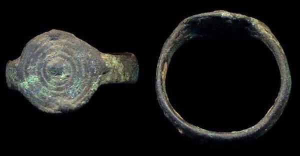 PAKISTAN, INDUS, c. 2000-1000 BC, ring