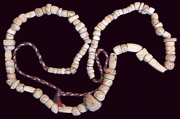 PAKISTAN, GREEK-SCYTHIAN, etc., c. 300 BC - 100 AD, string of shell beads